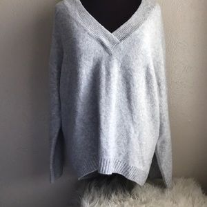 H&M Oversized Wool Blend Stretch Sweater Pullover